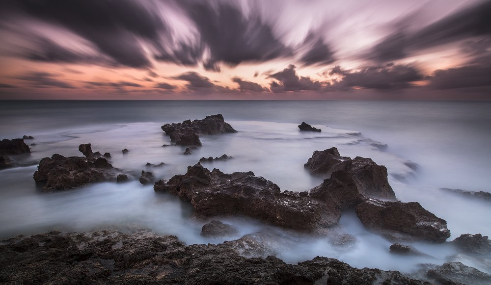 חוף אכזיב - צילום תומר רצאבי