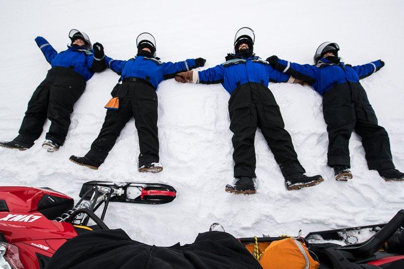 """שנ""""צ קצר על השלג, מסע אופנועים בלפלנד - Wild Travel"""
