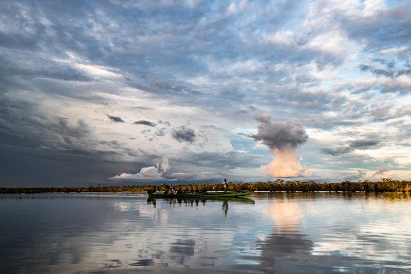 שייט בלגונה הגדולה של שמורת קוייבנו באמזונס - Wild Travel
