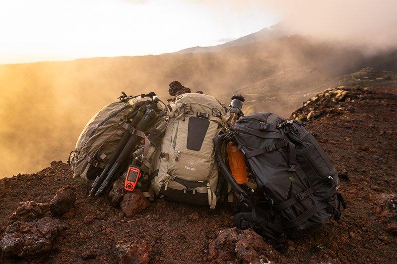 תיק לתרמילאים, מוצ'ילה משולב ציוד צילום מקצועי - Wild Travel