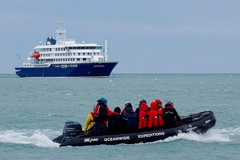 M/V Jonssonius - ספינת הפלגה לשפיצברגן ואנטארקטיקה Wild Travel