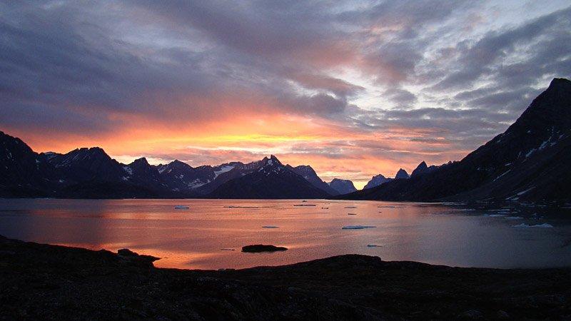 שקיעה בפיורד, גרינלנד - Wild Travel
