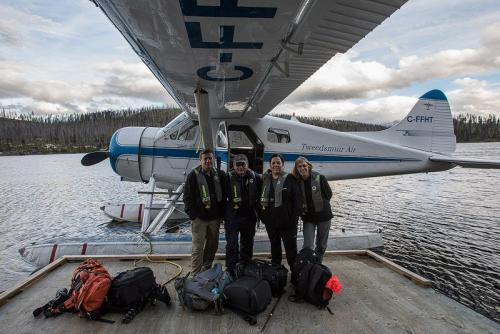מנחת המטוסים הקלים בנימפו לייק, קולומביה הבריטית, קנדה - Wild Travel