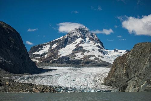 קרחון ג'ייקובסון ברכס הרי החוף של קולומביה הבריטית, קנדה - Wild Travel