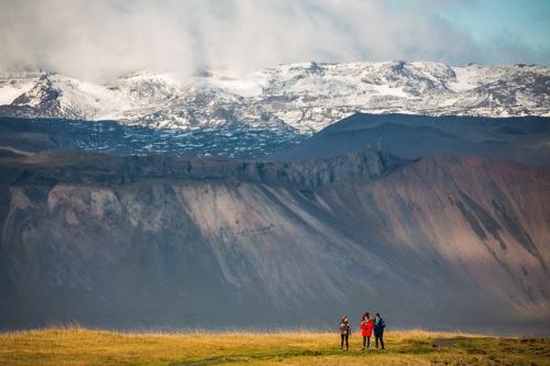 מצוקי ארנרסטאפי שבחצי האי סניפלסנס במערב איסלנד - Wild Travel
