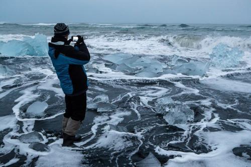 חוף הקרחונים ליד לגונת הקרחונים בדרום איסלנד - Wild Travel