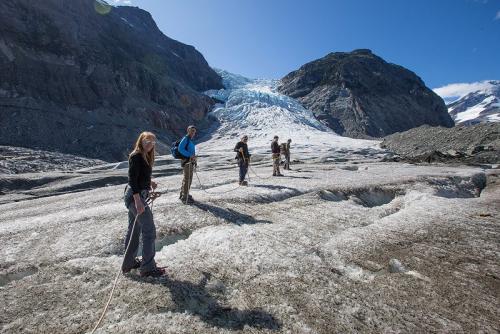 טיפוס על קרחון ג'ייקובסון ברכס הרי החוף של קולומביה הבריטית, קנדה - Wild Travel