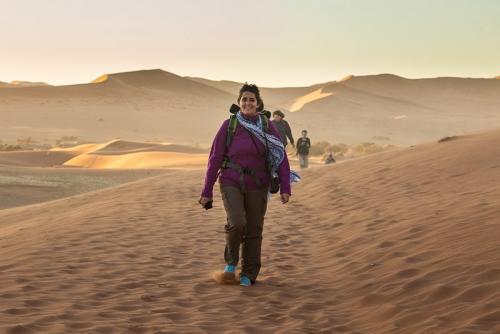 המטיילים שלנו בדיונות, נמיביה - Wild Travel