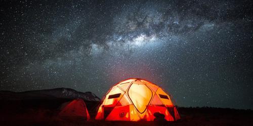 שביל החלב מעל אוהל חדר האוכל, דרך מצ'אמה - קילימנג'רו, טנזניה - Wild Travel