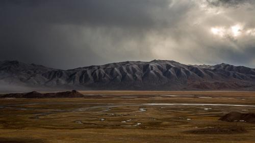 הרי האלטאי בתחילת החורף המונגולי, מערב מונגוליה - Wild Travel