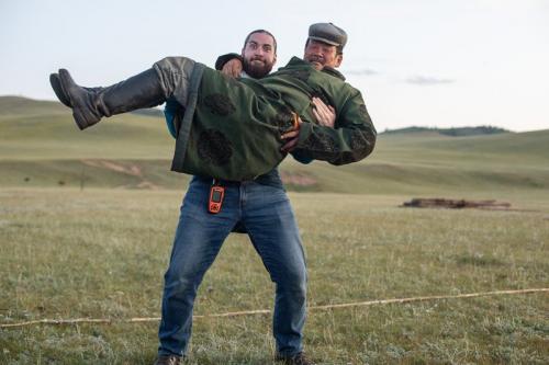 אשר המדריך עם אב משפחת הנוודים, מזרח מונגוליה - Wild Travel