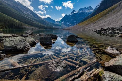 אגם קונסליישן בשמורת באנף, הרי הרוקי הקנדיים, קנדה - Wild Travel