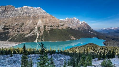אגם מלין בשמורת ג'אספר, הרי הרוקי הקנדיים, קנדה - Wild Travel