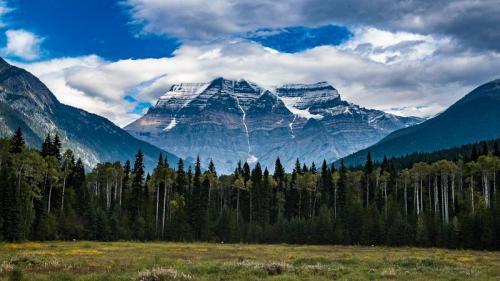 הר רובסון, ההר הגבוה בהרי הרוקי הקנדיים, קנדה - Wild Travel