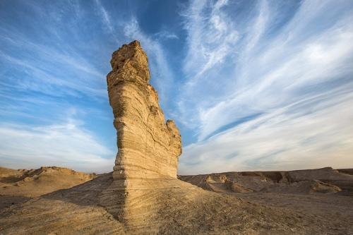 צילום נוף - ניצב אבן בחווארי מצדה - Wild Travel