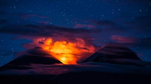 התפרצות הר הגעש קלוצ'יסקאיה בצפון קמצ'טקה - Wild Travel