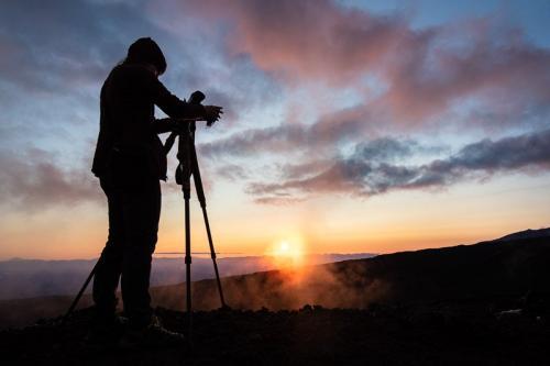 זריחה בהר הגעש טולבצ'יק, קמצ'טקה - Wild Travel