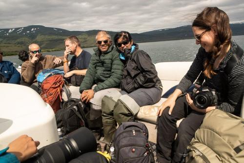 שייט באגם קוריל בחיפוש אחר דובים - Wild Travel