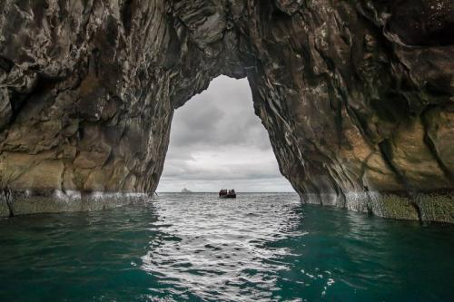 סרו ברוחו (רכס המכשף), איי גלפגוס - Wild Travel